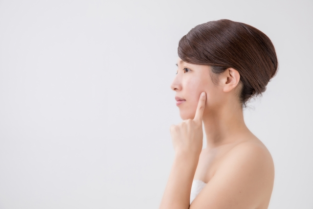 更年期に合った肌トラブルの対策