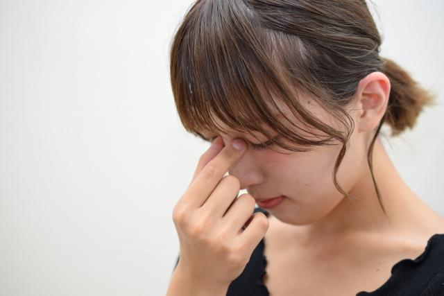 目が疲れやすい、目がかすむ 腰痛で腰が重だるい 手足のほてり、疲れやすく皮膚の乾燥感がある